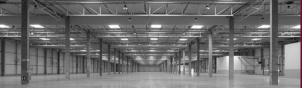 Große Halle für Lager oder Produktion